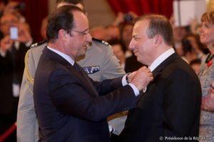 Remise de la légion d'honneur par le président de la république François Hollande